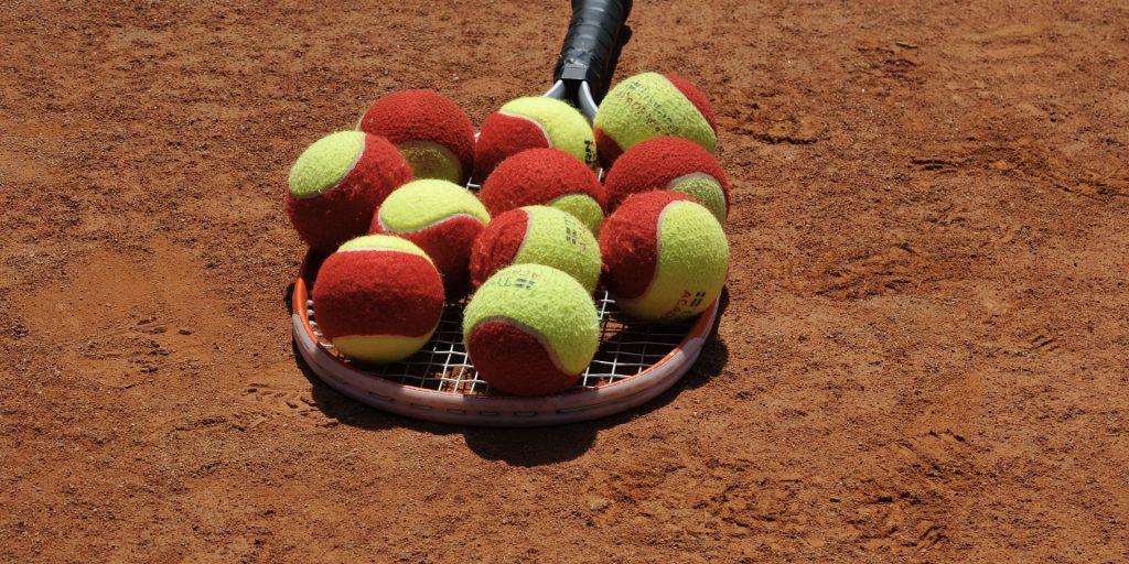 tennis-4798080_1920